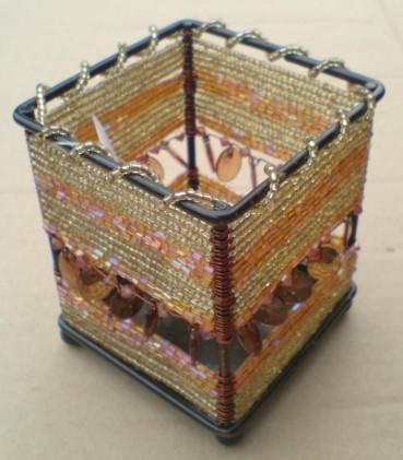 Svícínek na čajovou svíčku kov sklenšné koralky